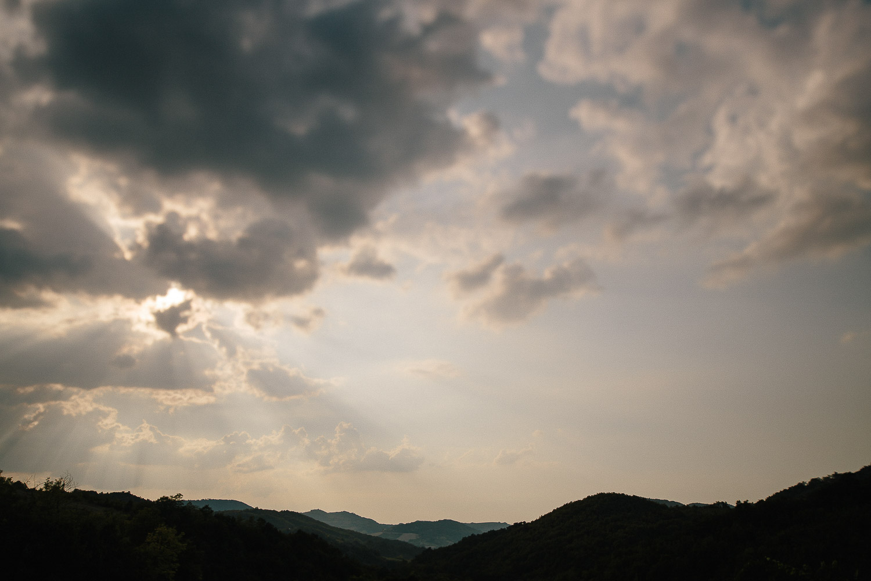 hills-clouds.jpg