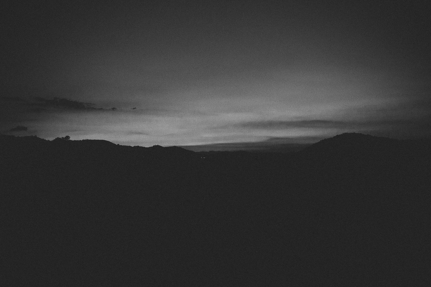black-and-white-sunset.jpg