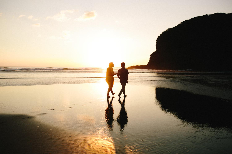 engagement bethells beach - new zealand (32).jpg