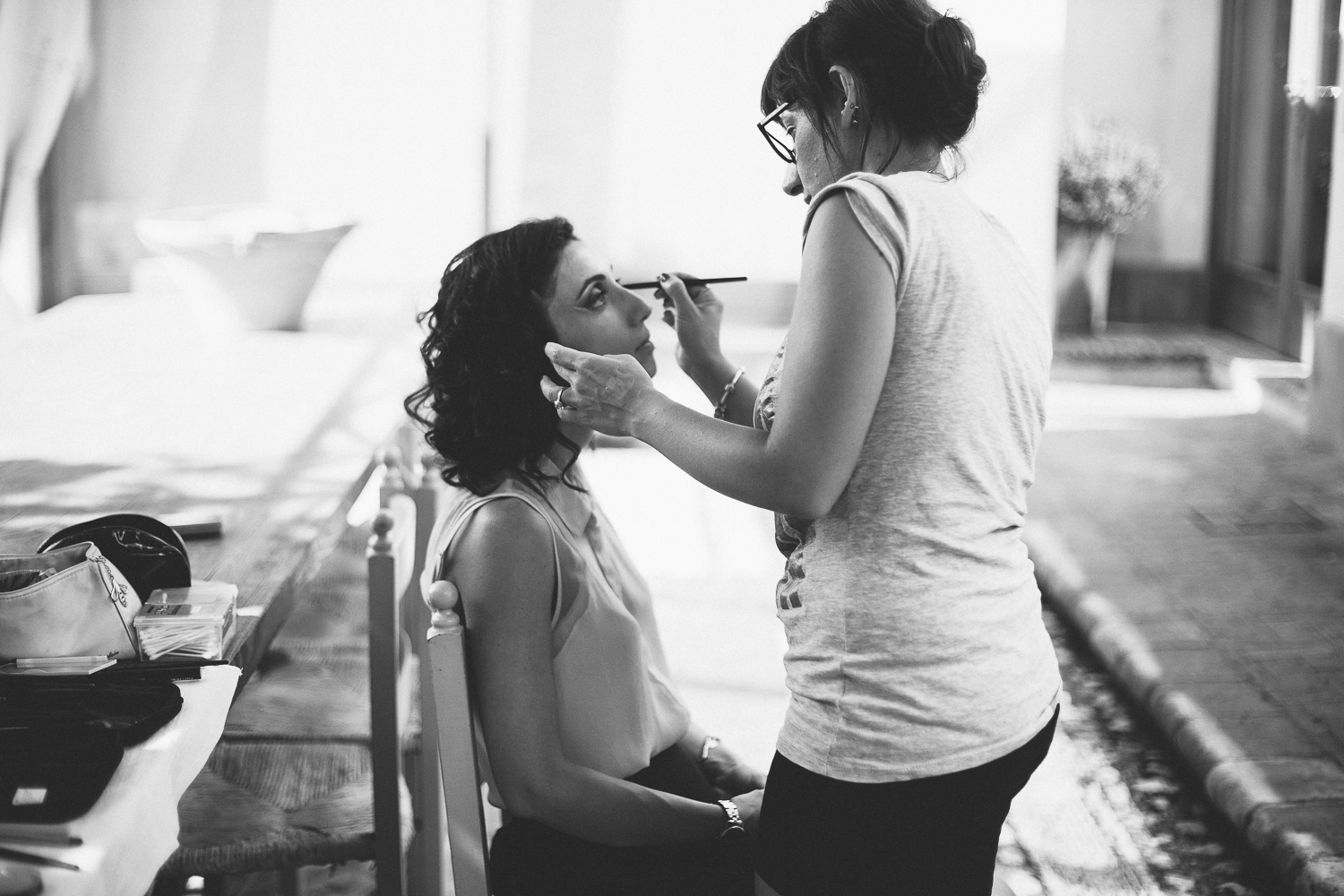 bride-getting-ready-stop-motion-wedding-italy.jpg