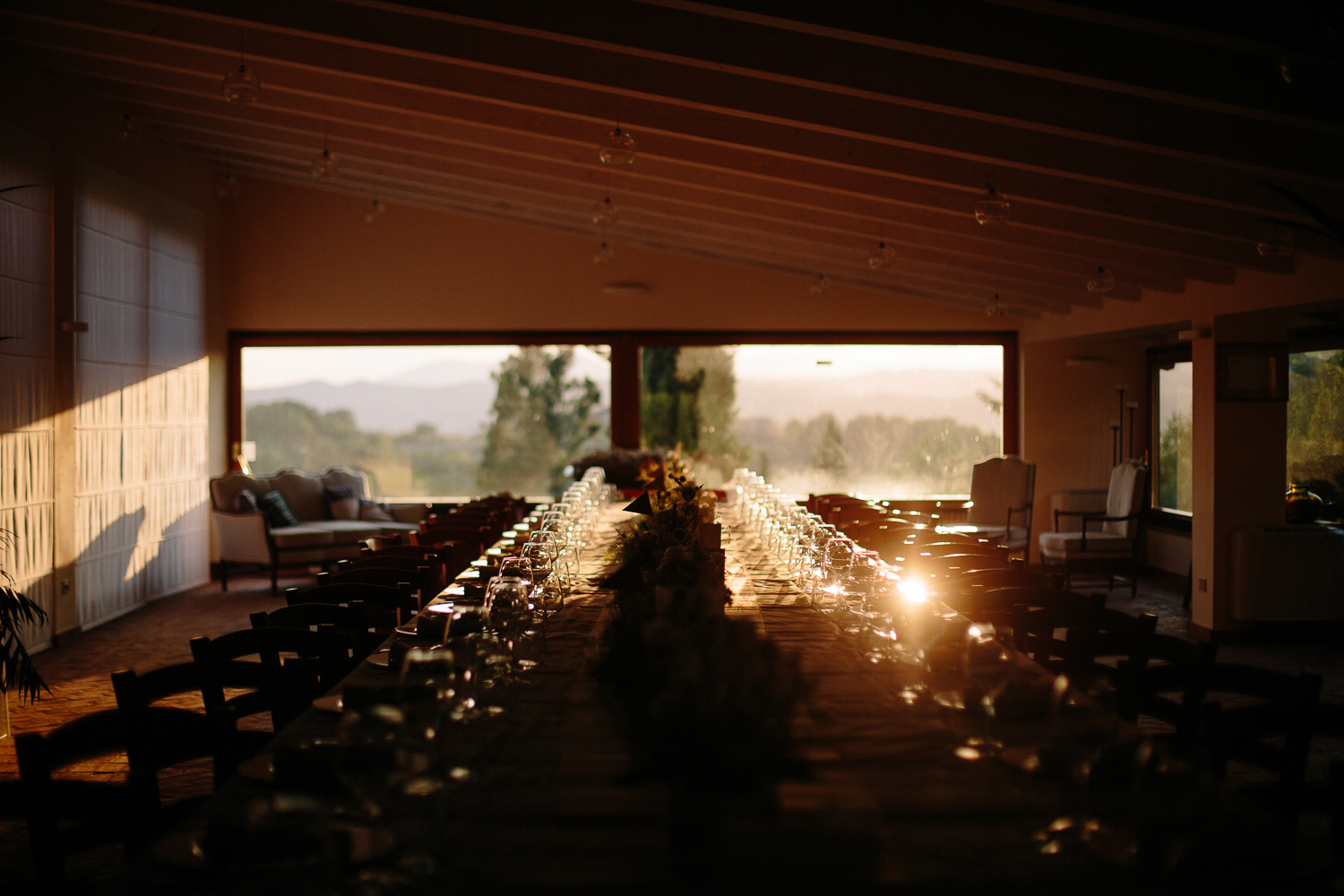 wedding-table-sunset-stop-motion-italy.jpg