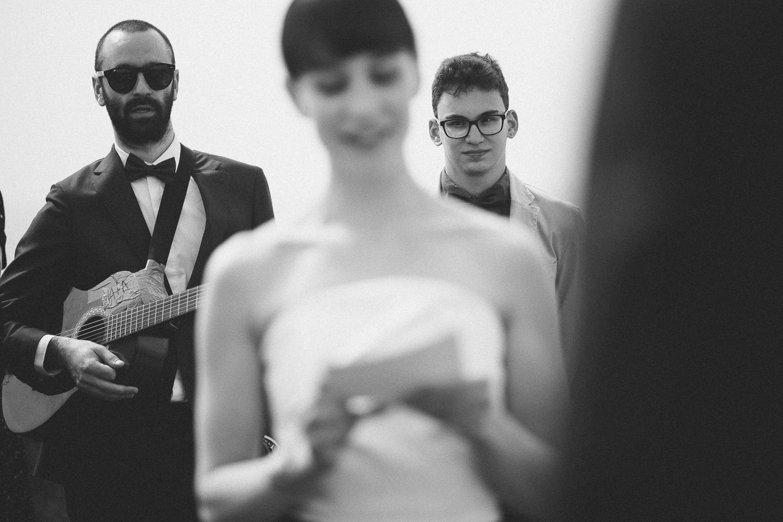 43-bride-groom-friends.jpg