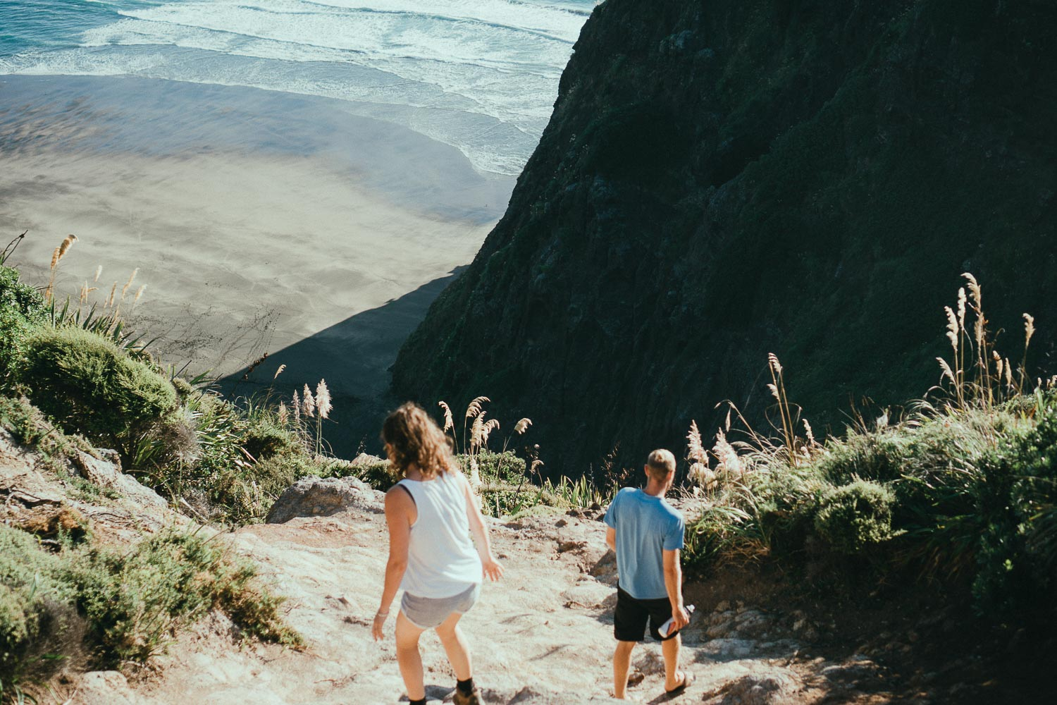 3-adventure-engagement-piha.jpg