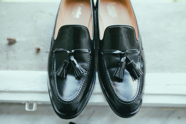 10-groom-shoes.jpg