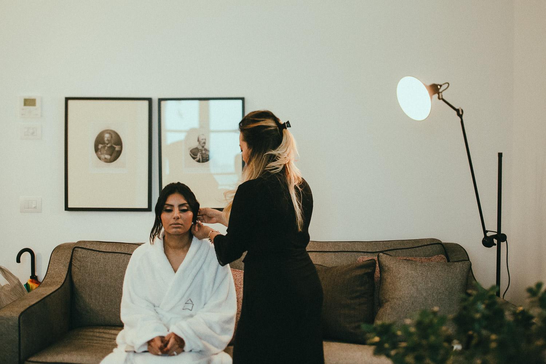 indian-bride-getting-ready (6).jpg