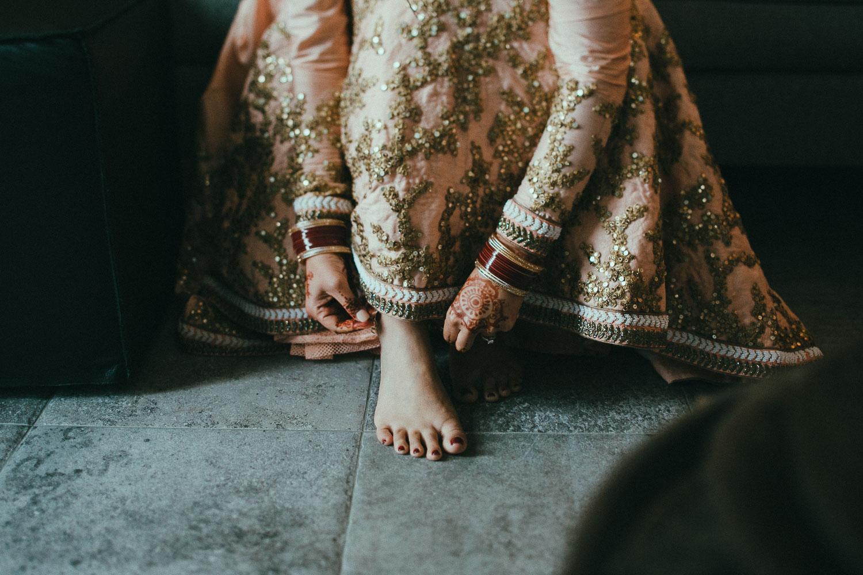 indian-bride-getting-ready (9).jpg