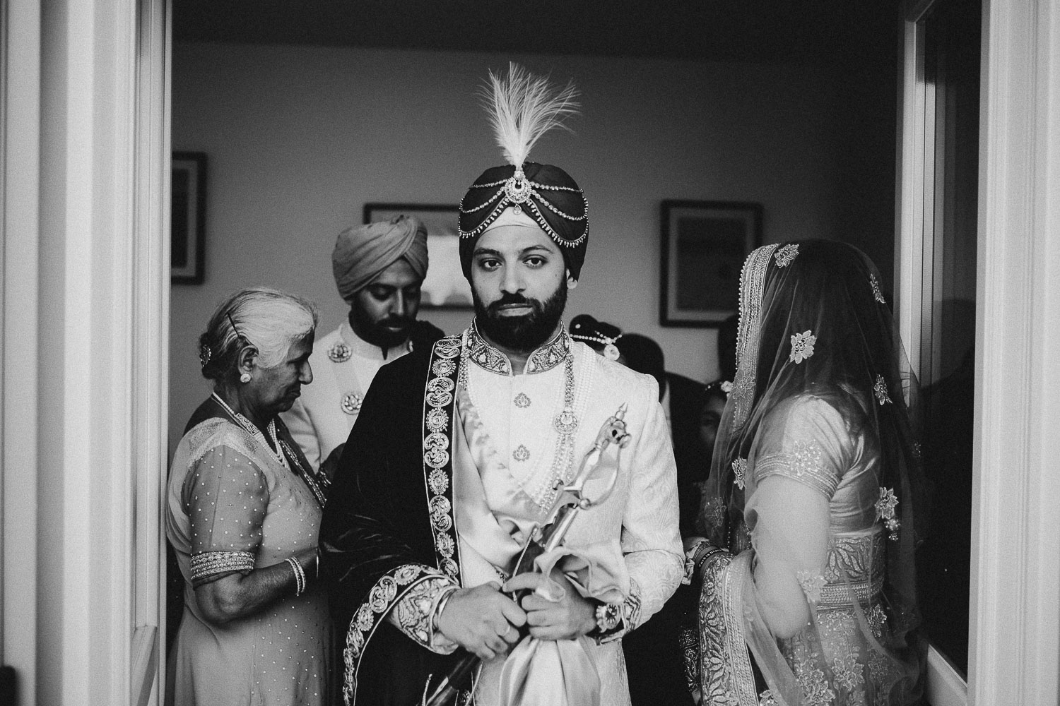 indian-groom-getting-ready (13).jpg