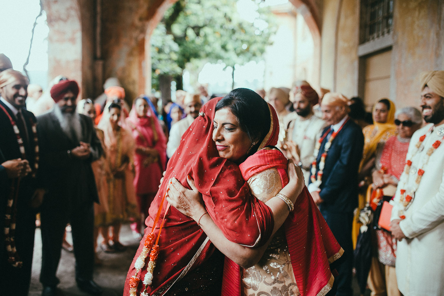 como-lake-indian-wedding (17).jpg