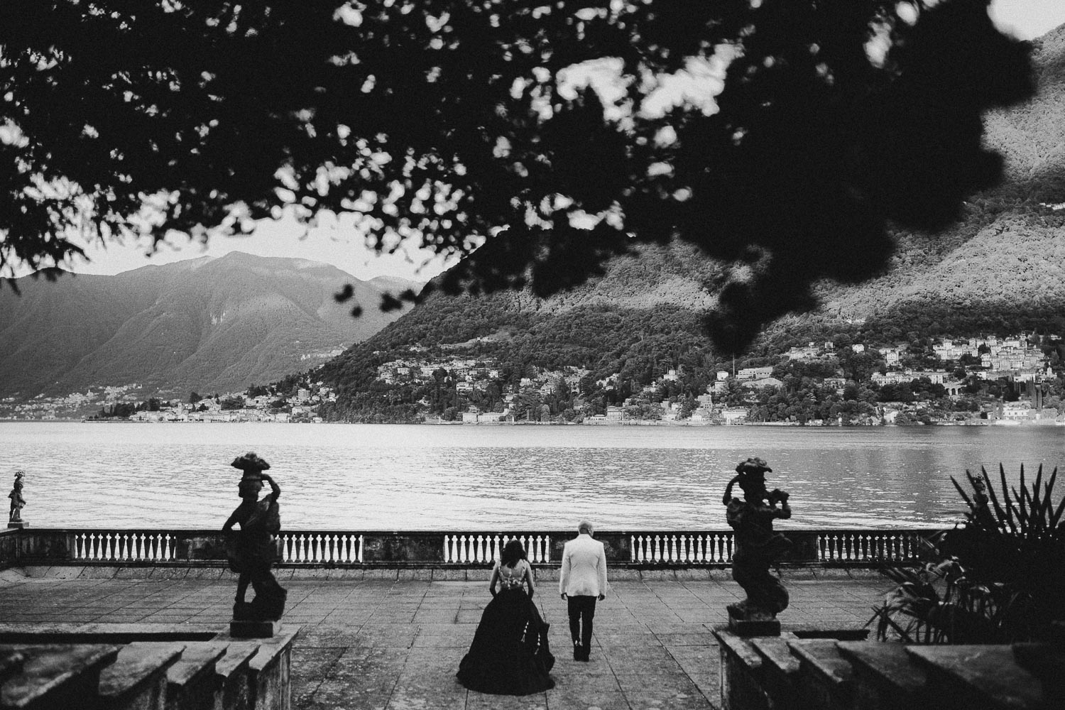 indian-bride-groom-como-lake-villa-pizzo (4).jpg