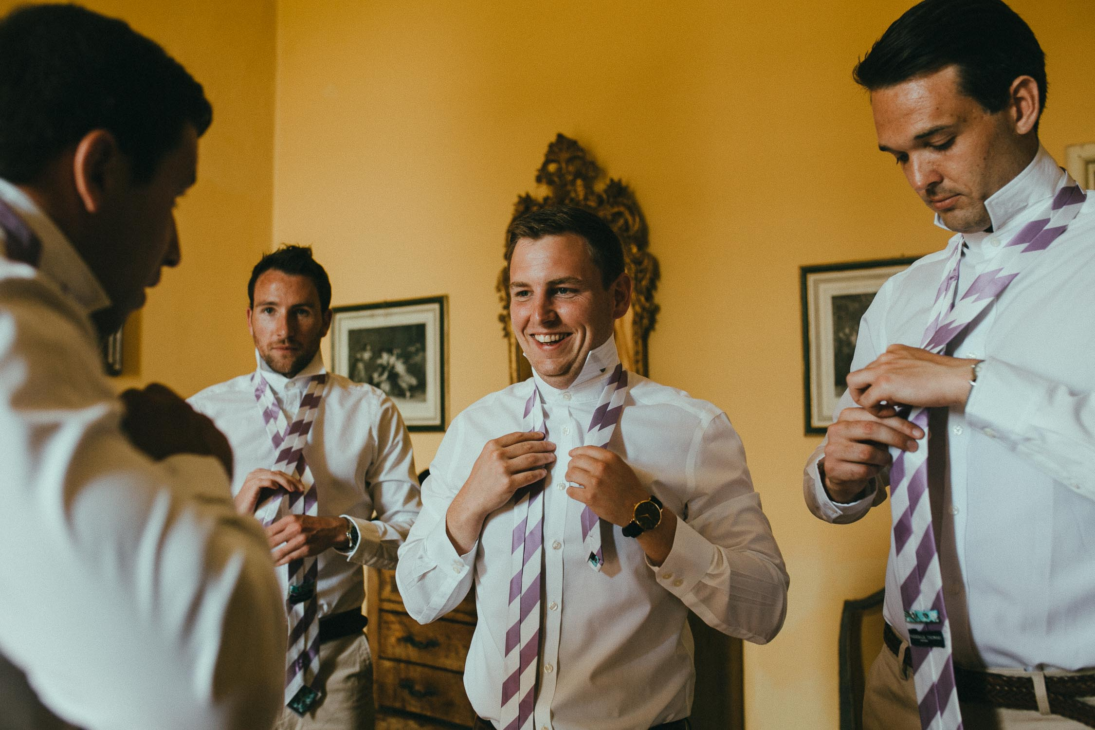 destiantion-wedding-in-tuscany-getting-ready (19).jpg