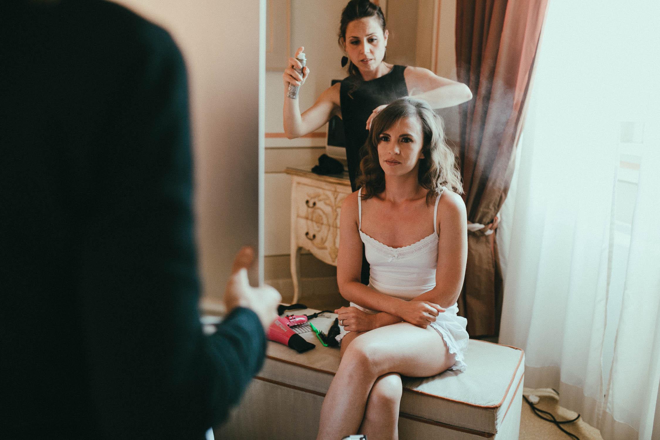 destiantion-wedding-in-tuscany-getting-ready (25).jpg