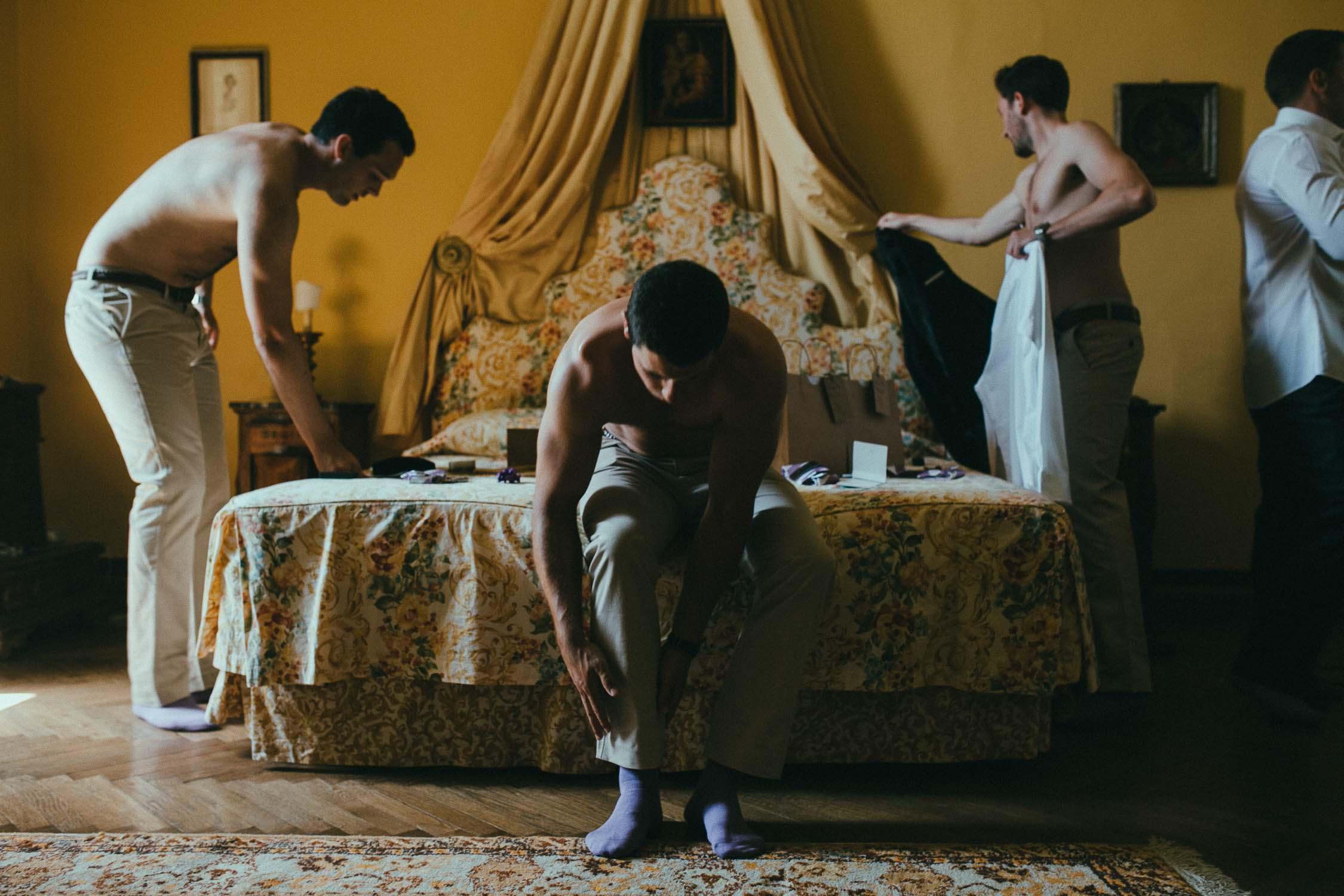 destiantion-wedding-in-tuscany-getting-ready (16).jpg
