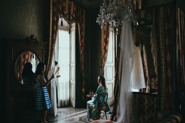 24-wedding-getting-ready-room.jpg
