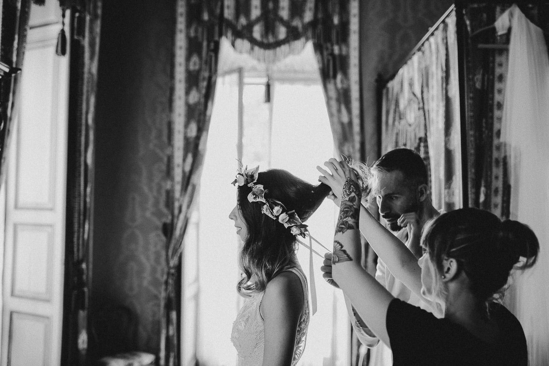 39-bride-flowers-crown.jpg