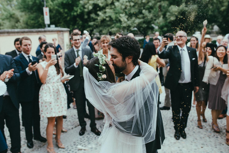 67-bride-and-groom-kiss.jpg