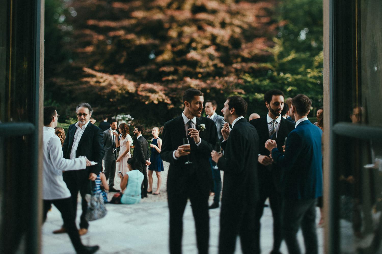 104-wedding-reception-guests.jpg
