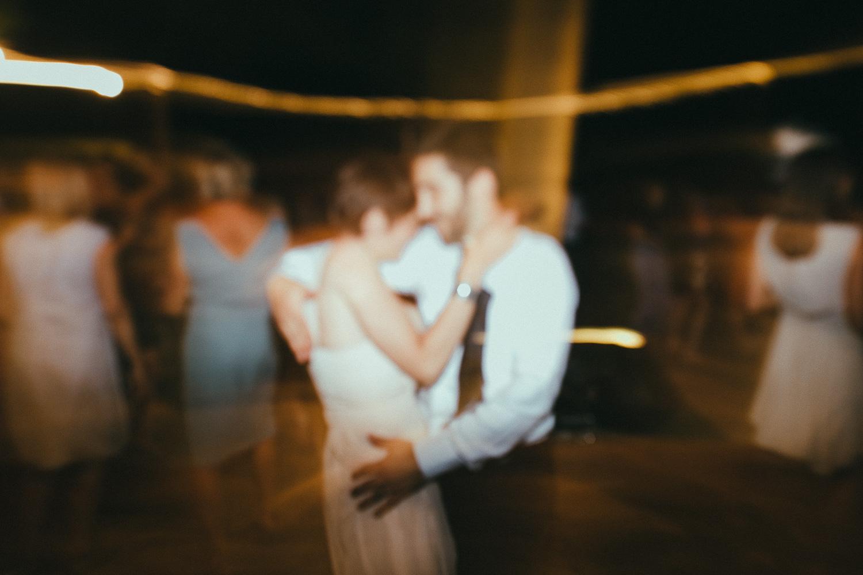 139-couple-dancing.jpg