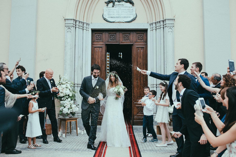 65-bride-and-groom-rice.jpg