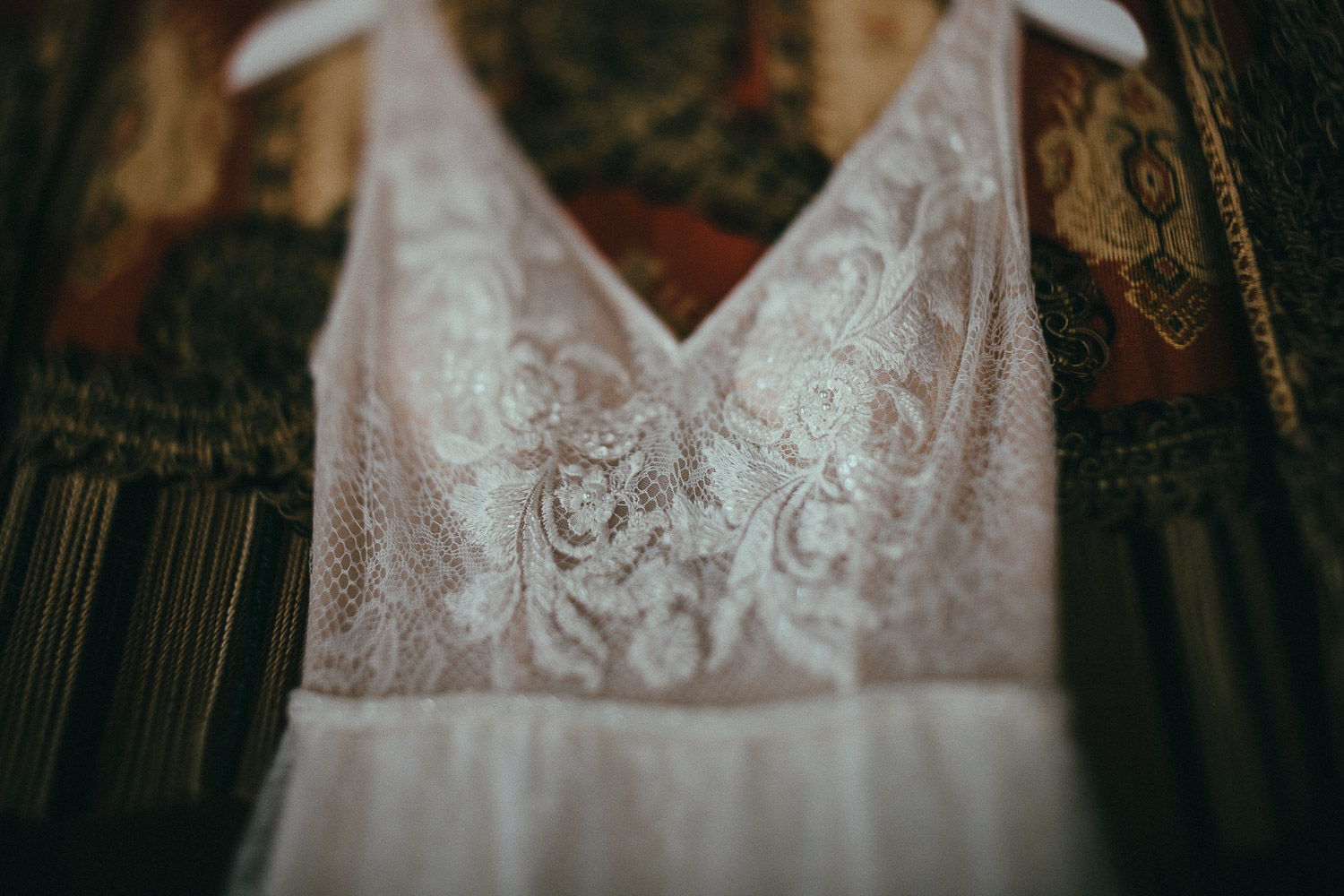 10-bride-dress-detail.jpg