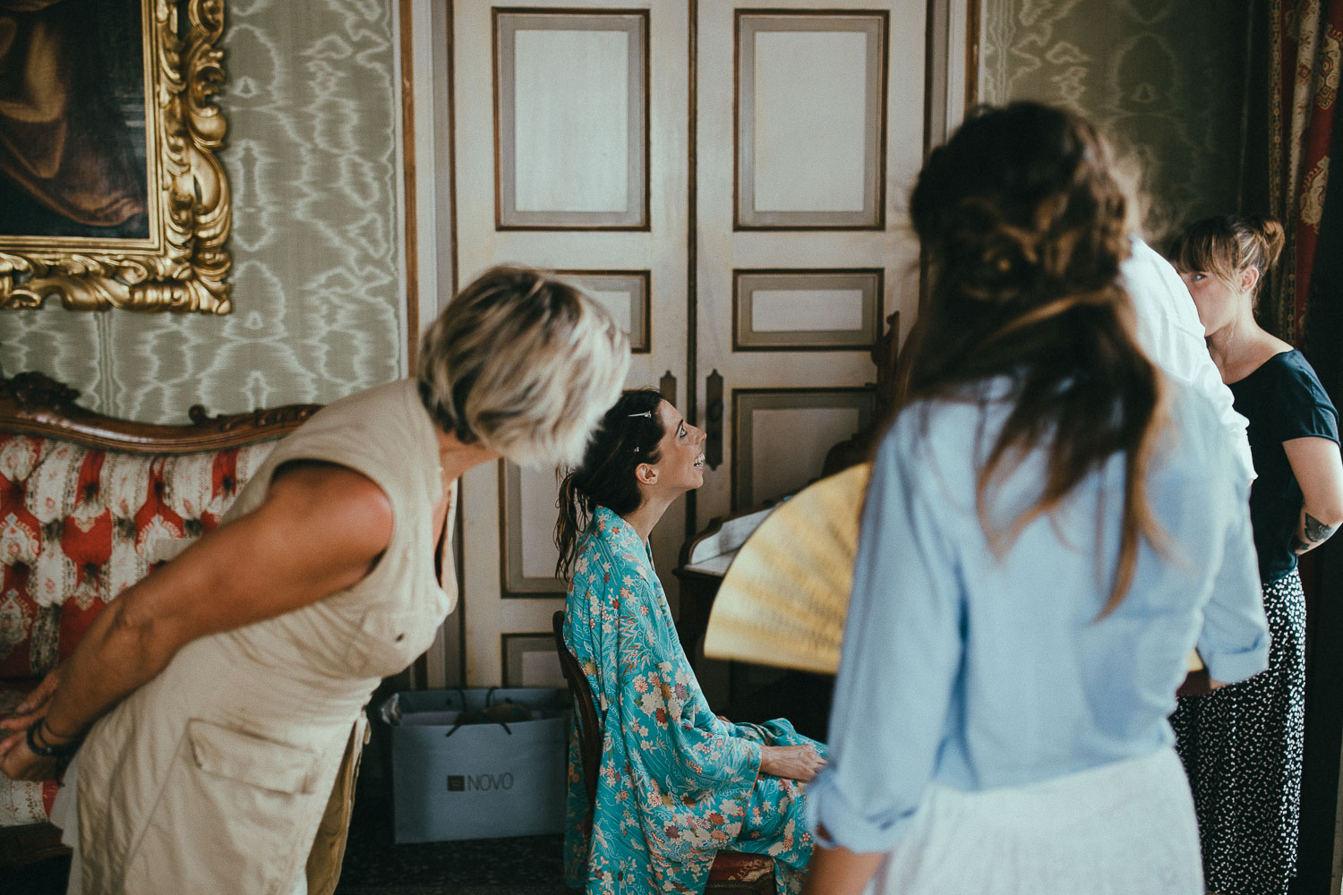 12-bride-getting-ready.jpg