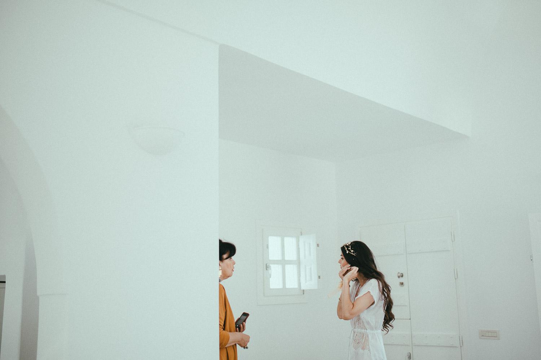 santorini-wedding-photographer (17).jpg