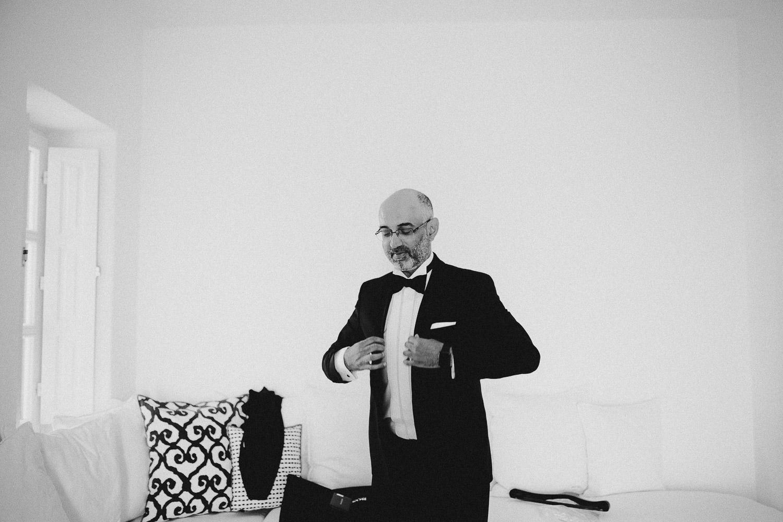 santorini-wedding-photographer (29).jpg
