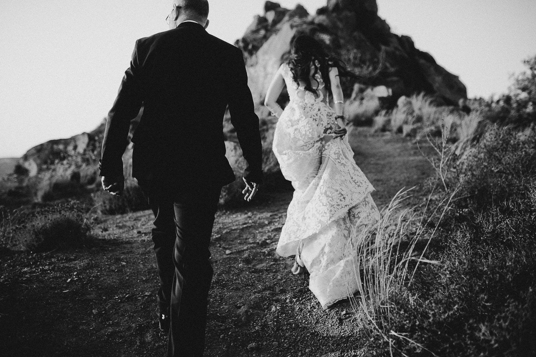 santorini-wedding-photographer (62).jpg