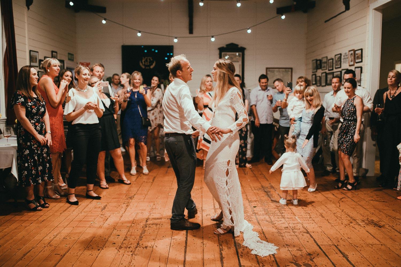 emotional-wedding-new-zealand190.jpg