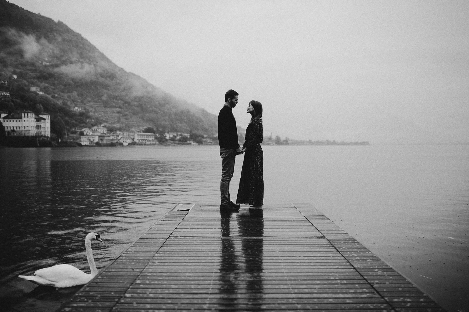 como-lake-engagement (40).jpg