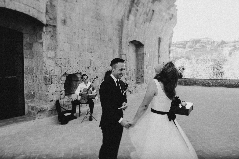 stylish-elopement-photographer-italy (65).jpg