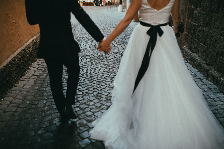 stylish-elopement-photographer-italy (108).jpg