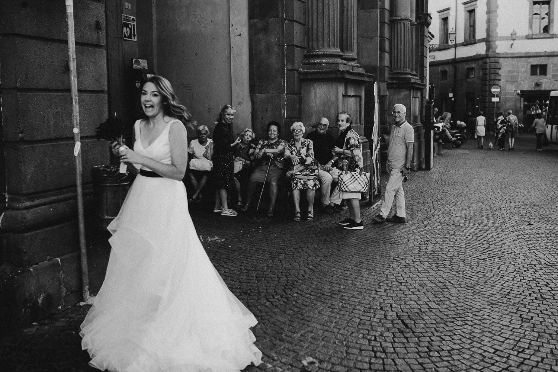 stylish-elopement-photographer-italy (113).jpg