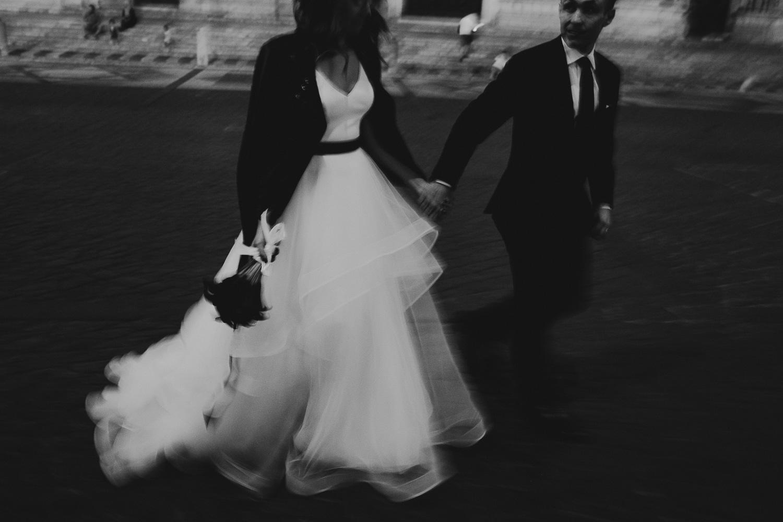 stylish-elopement-photographer-italy (146).jpg