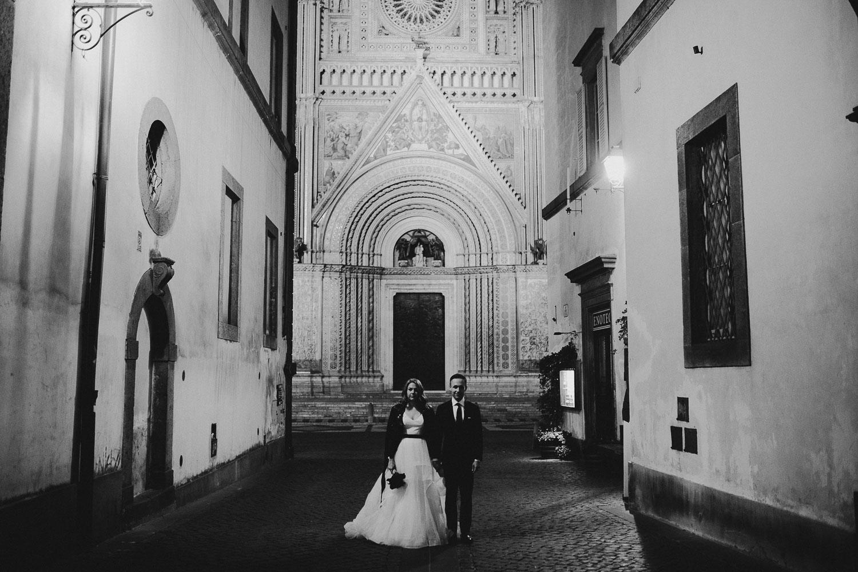 stylish-elopement-photographer-italy (147).jpg