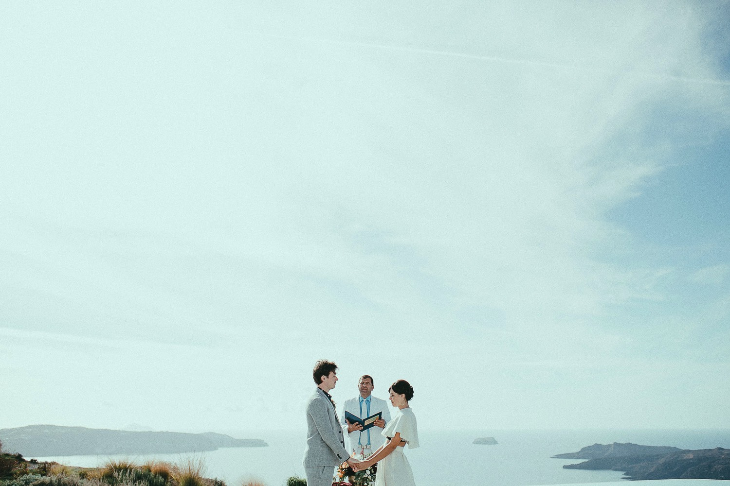 santorini-wedding-photographer17.jpg