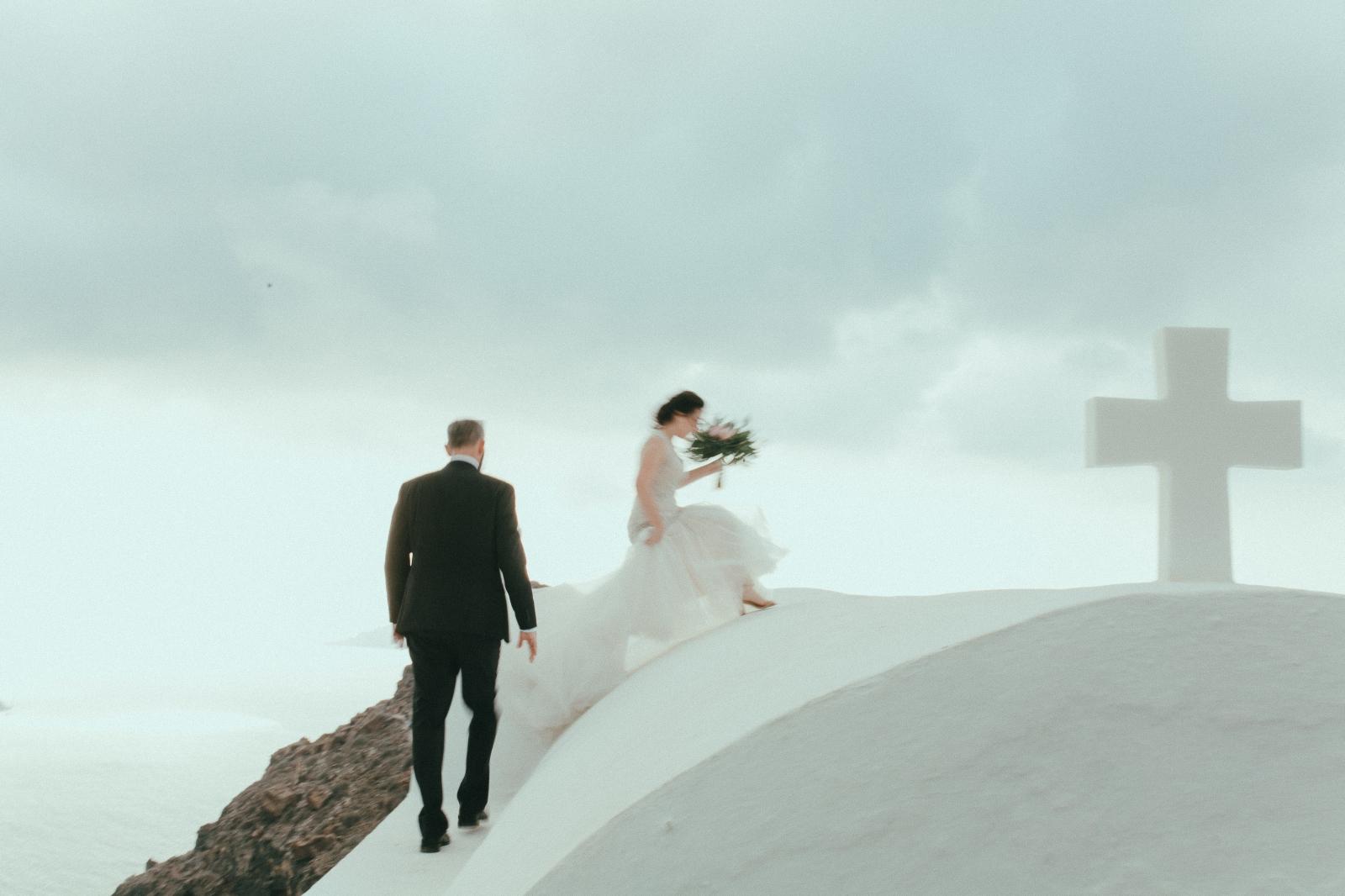 santorini-wedding-photographer35.jpg