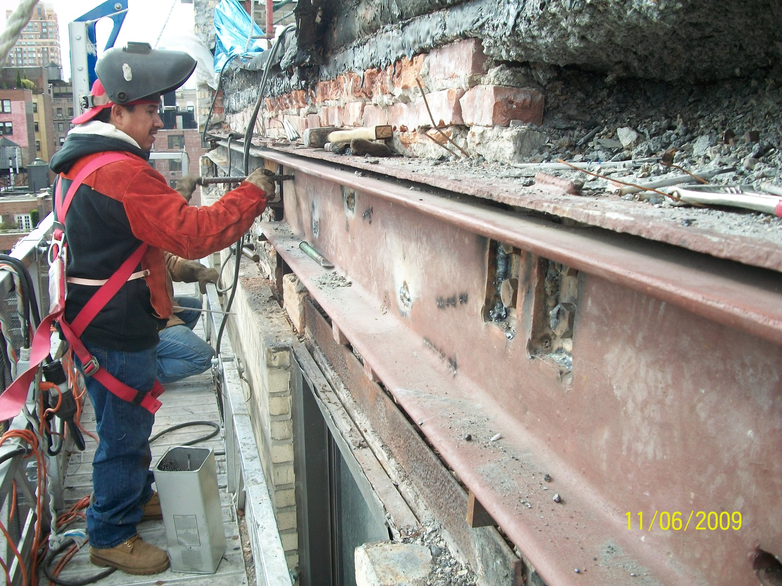 C-chanel welding installation on parapet level spandrel beam
