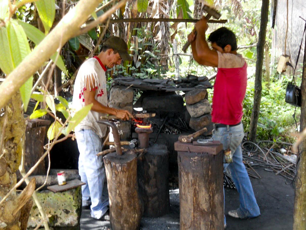 EWB Honduras 2 WEB.jpg