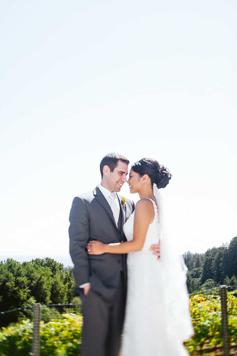 pacific_oaks_vineyard_estate_wedding_photography_aptos_california_ebony_siovhan_bokeh_photography_31.jpg