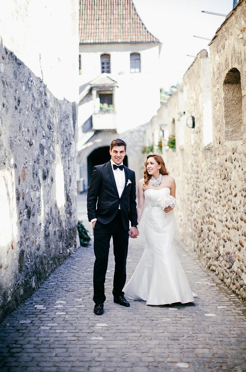 Rhine_Falls_Schaffhausen_switzerland_destination_wedding_ebony_siovhan_bokeh_photography_080.jpg