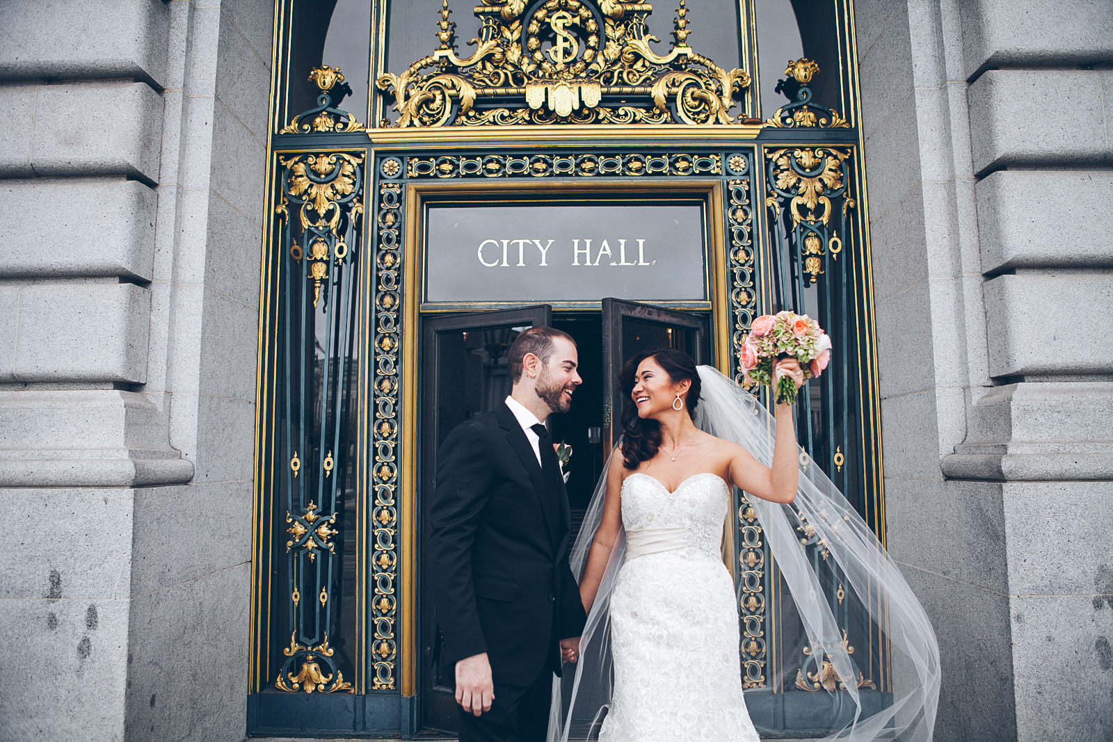 San_francisco_city_hall_wedding_photography_meegan_travis_ebony_siovhan_bokeh_photography_55.jpg
