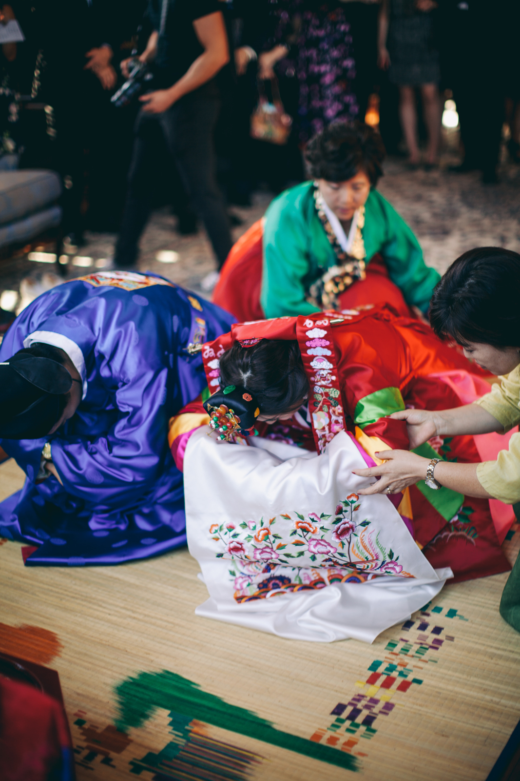 kohl_manison_wedding_photography_sarah_eric_ebony_siovhan_bokeh_photography_057.jpg