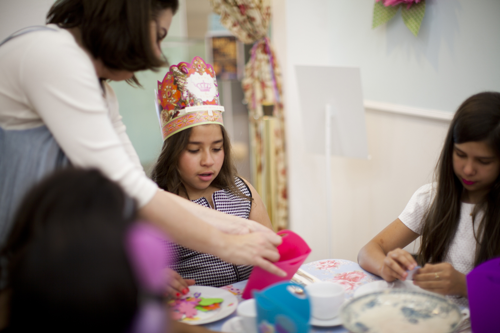 sophia_tea_party_crown_and_crumpet_san_francisco_photography_017.jpg