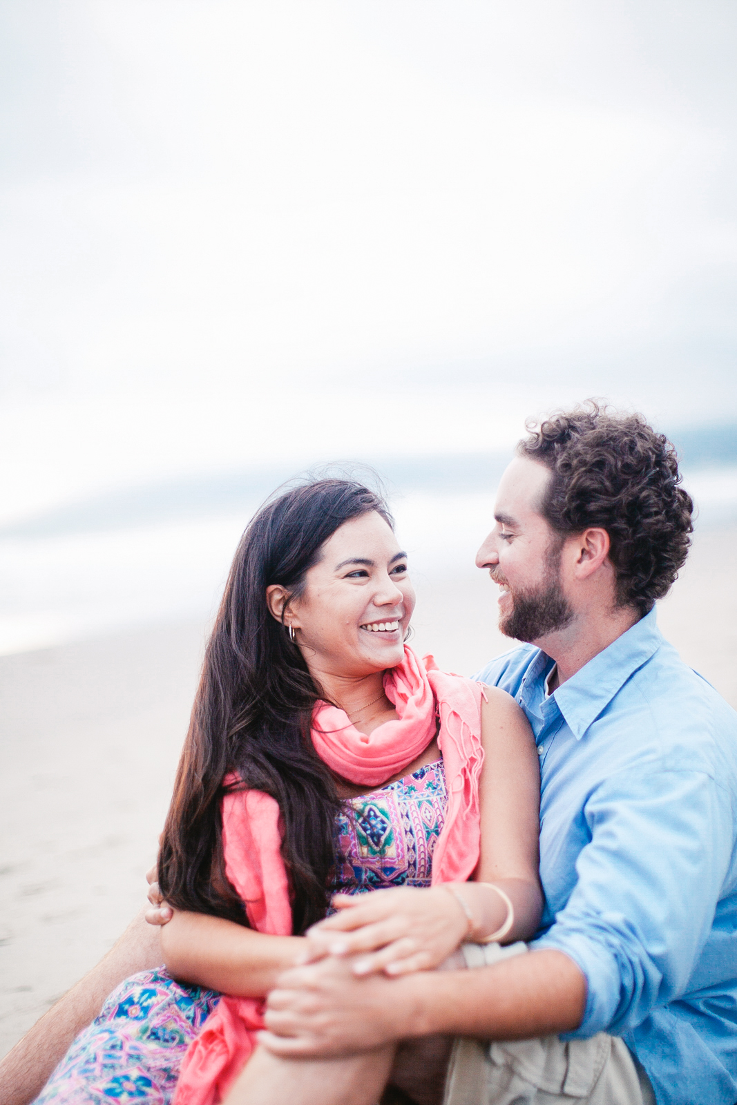 VENICE_BEACH_ENGAGEMENT_PHOTOGRAPHY_EBONY_SIOVHAN_BOKEH_PHOTOGRAPHY_-24.jpg