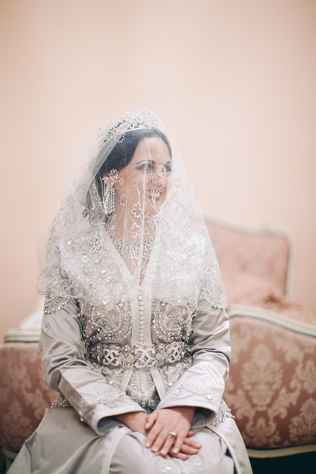 traditional_moroccan_wedding_photographry_casablanca_morocco_houda_vivek_ebony_siovhan_bokeh_photography_048.jpg