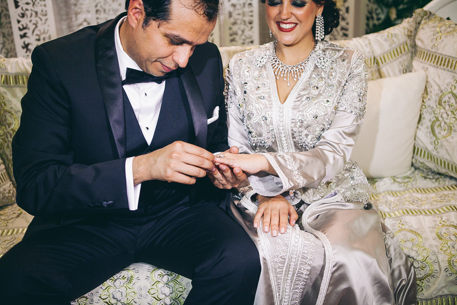 traditional_moroccan_wedding_photographry_casablanca_morocco_houda_vivek_ebony_siovhan_bokeh_photography_090.jpg