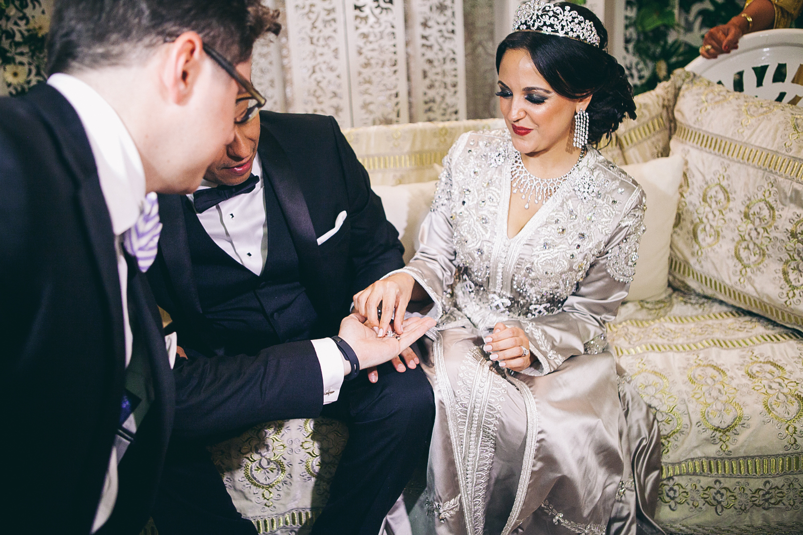 traditional_moroccan_wedding_photographry_casablanca_morocco_houda_vivek_ebony_siovhan_bokeh_photography_091.jpg
