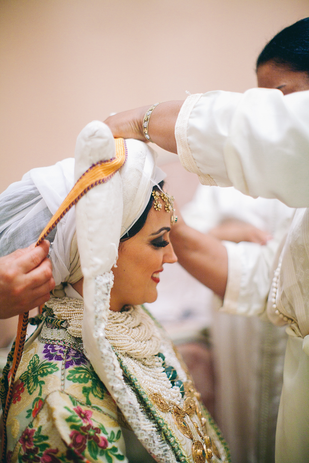 traditional_moroccan_wedding_photographry_casablanca_morocco_houda_vivek_ebony_siovhan_bokeh_photography_104.jpg