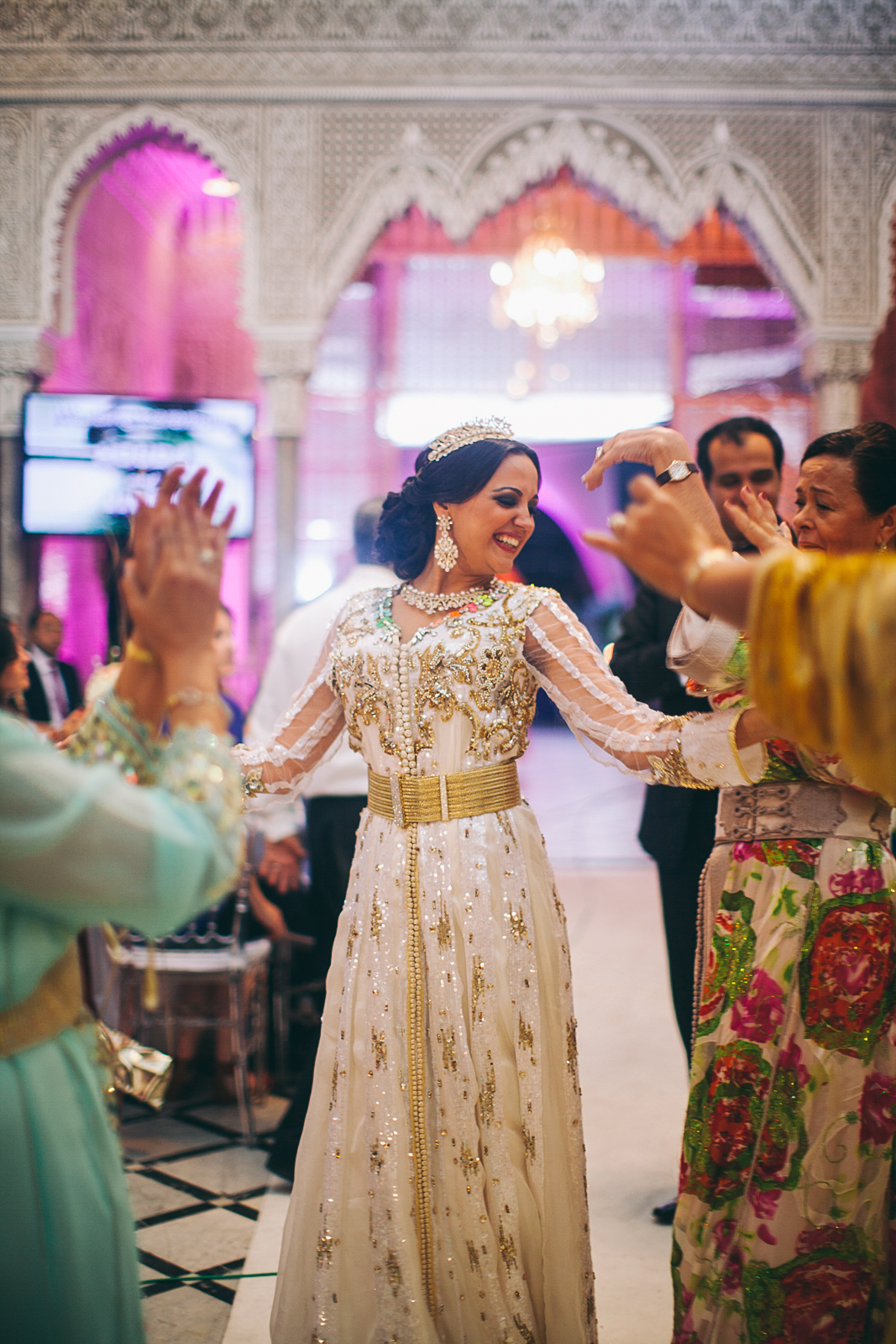 traditional_moroccan_wedding_photographry_casablanca_morocco_houda_vivek_ebony_siovhan_bokeh_photography_148.jpg