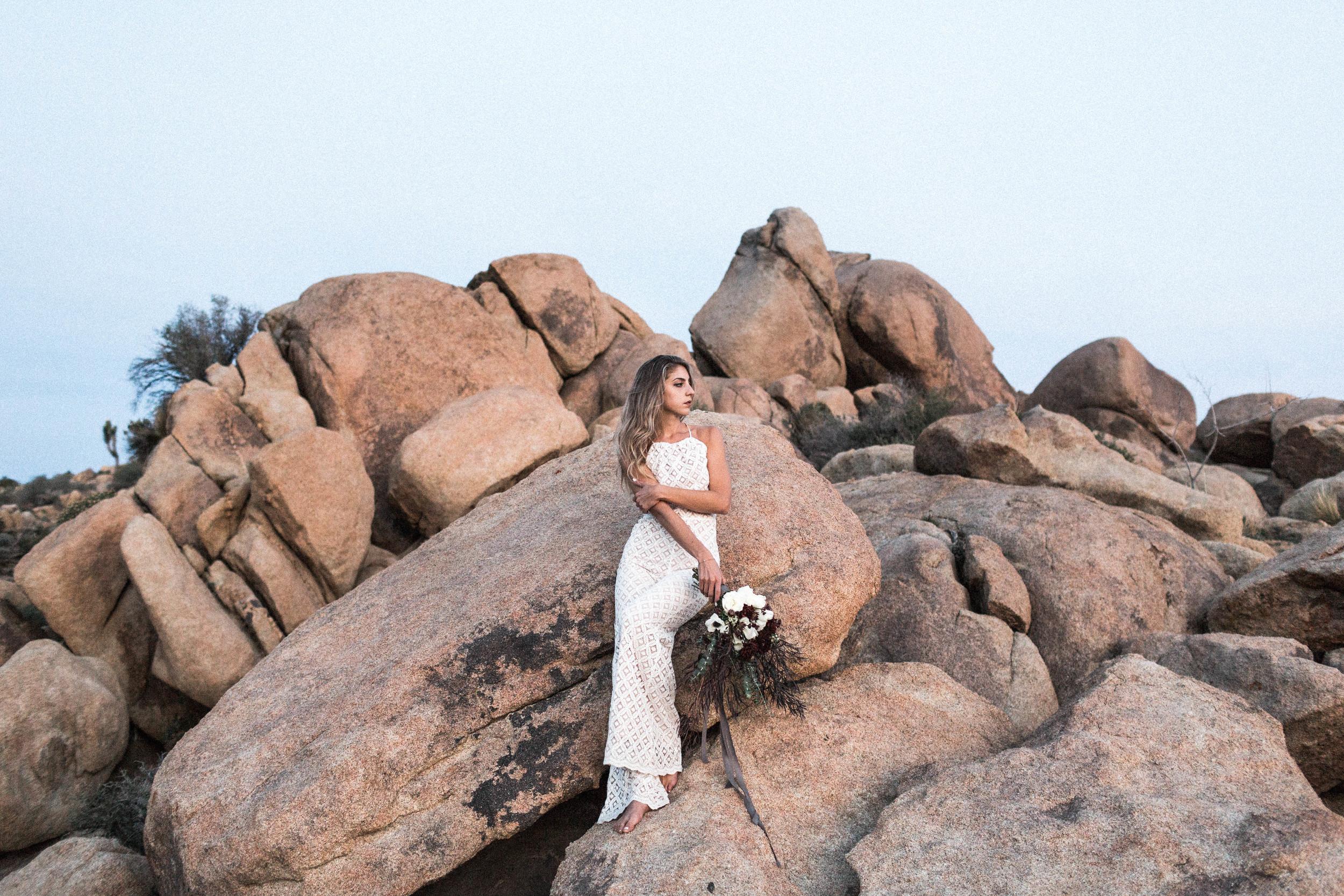 joshua-tree-wedding-editorial-photography-by-sarah-falugo-photography-7780.jpg